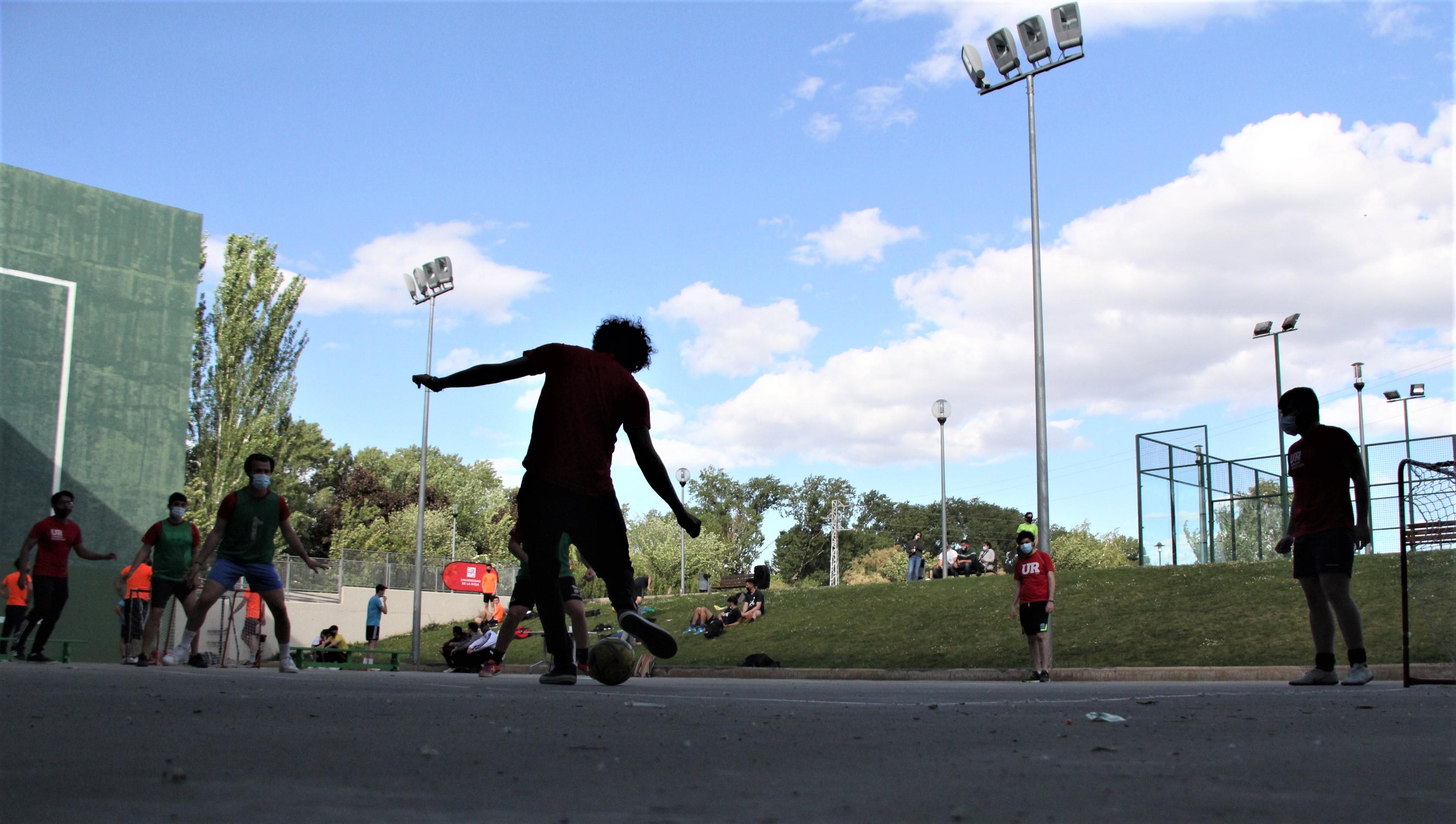 18 -20 mayo | Torneo de Street Football 3x3